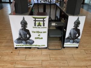 photo-stand-commercial-temple-des-chakras-2