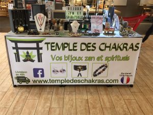 photo-stand-commercial-temple-des-chakras-3