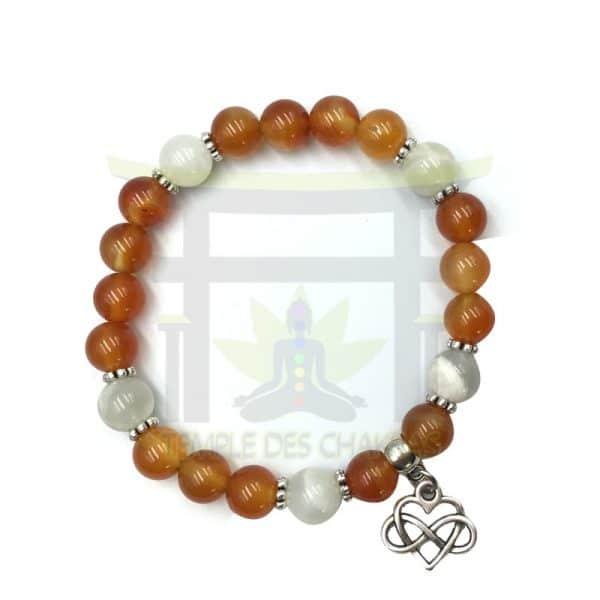 bracelet-féminité-en-cornaline-et-pierre-de-lune-3